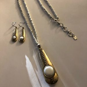 Lucky brand set earring and necklace with pearls